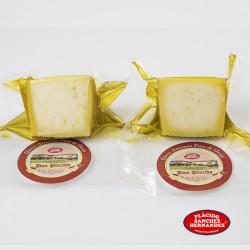 2 cuñas de queso semicurado puro de oveja en aceite